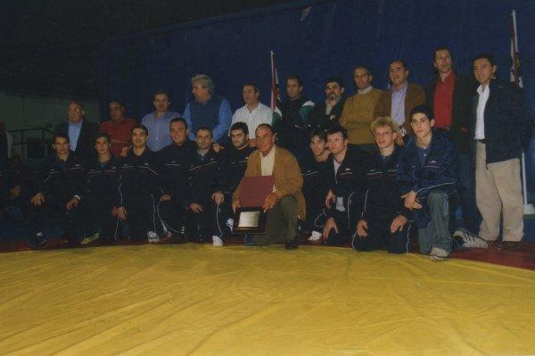 Grupo_Covadonga_2002_-_Homenaje_Alfredo_Toledo