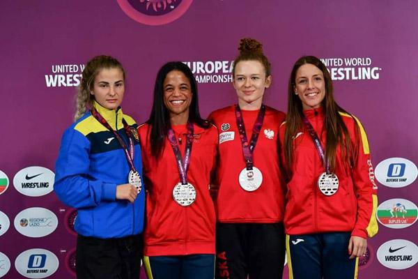 Medalla de Oro para Naiomi Matthews y Medalla de Bronce para Sara Vieitez